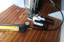 Segel- & Rigg-Trimm Trimmen der Segel Holepunkte Mast-Jack Kohlefaser Mast Segeln Mallorca Segeltwist